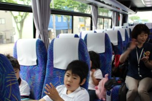 2015_0603バス遠足0115_R